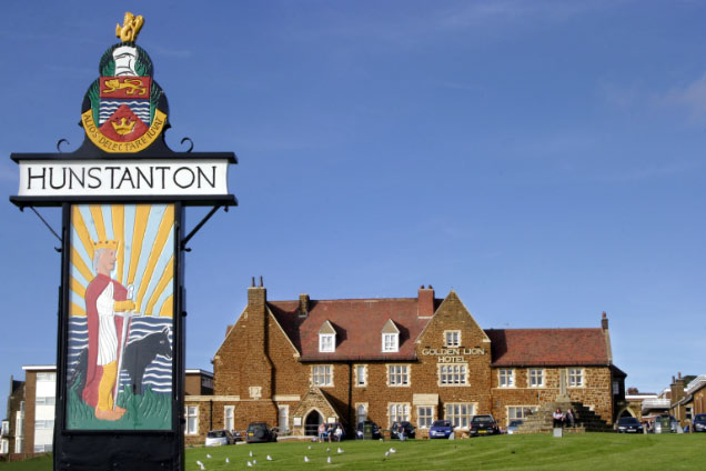 Hunstanton Town Sign and Golden Lion